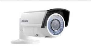 camera hinh tru hong ngoai ngoai troi hikvision 720TVL  DS-2CE15C2P-VFIR3